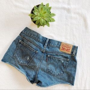 Levi Jean Denim Shorts Size 26